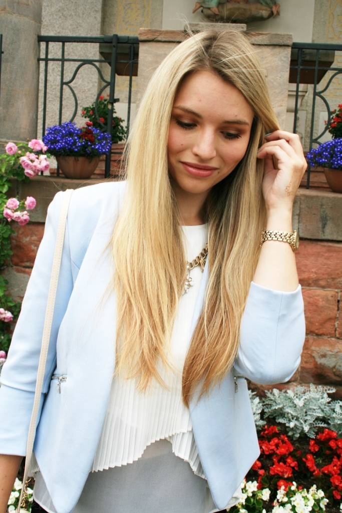 Franziska Elea Blogger Fashion München Sommer 2015 Look Style Outfit Mode Blazer Adidas Superstar schwarze Hose Primark Portrait Franziska Dully
