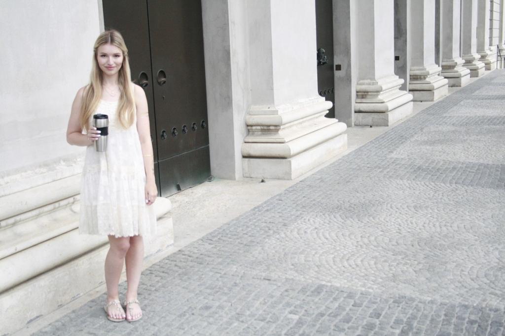 Franziska Elea Fashion Modeblog München Sommer Trend 2015 Starbucks Tumbler Blogger