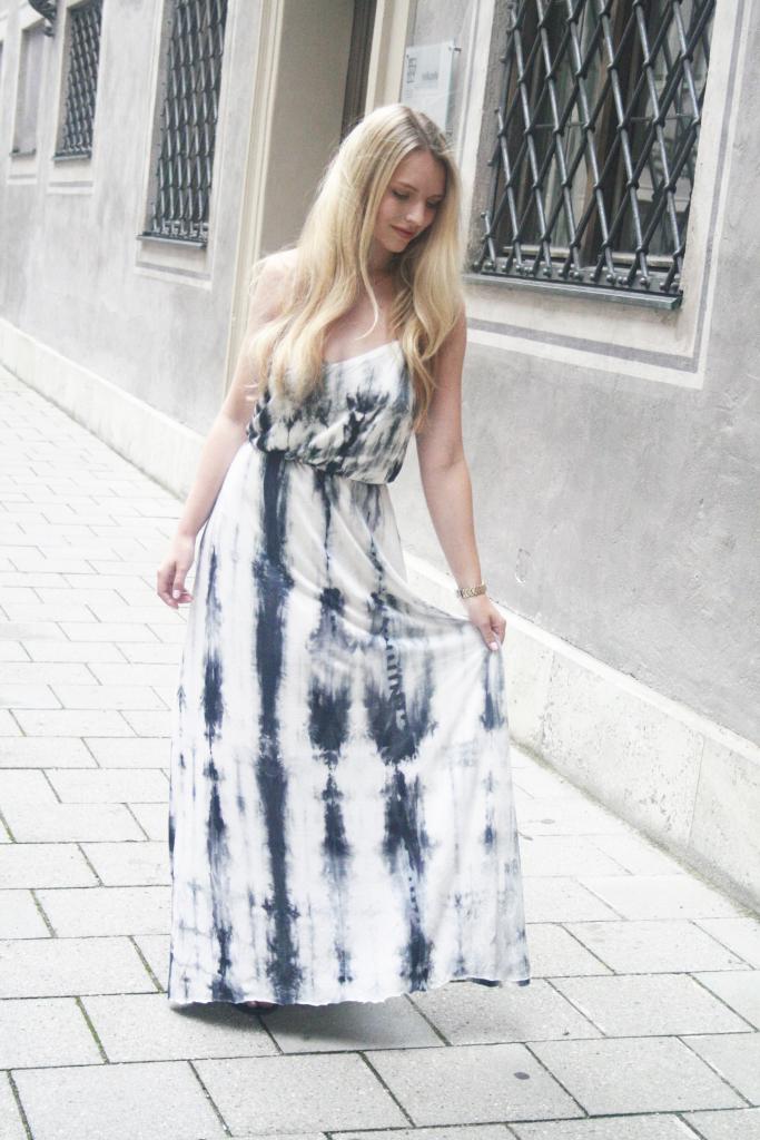 Franziska Elea Batikkleid Maxikleid Sommer 2015
