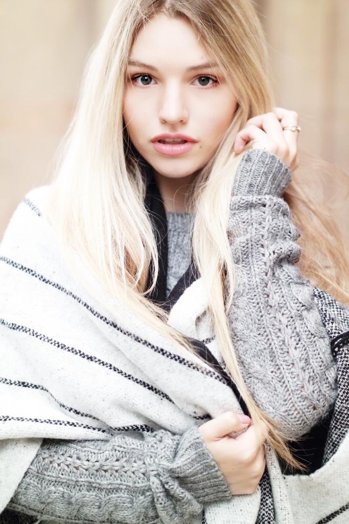 Franziska Elea Münchner Modeblogger Portrait