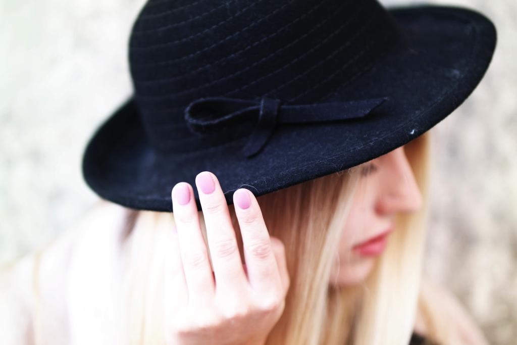 Franziska Elea Modeblog aus München Hut Detail