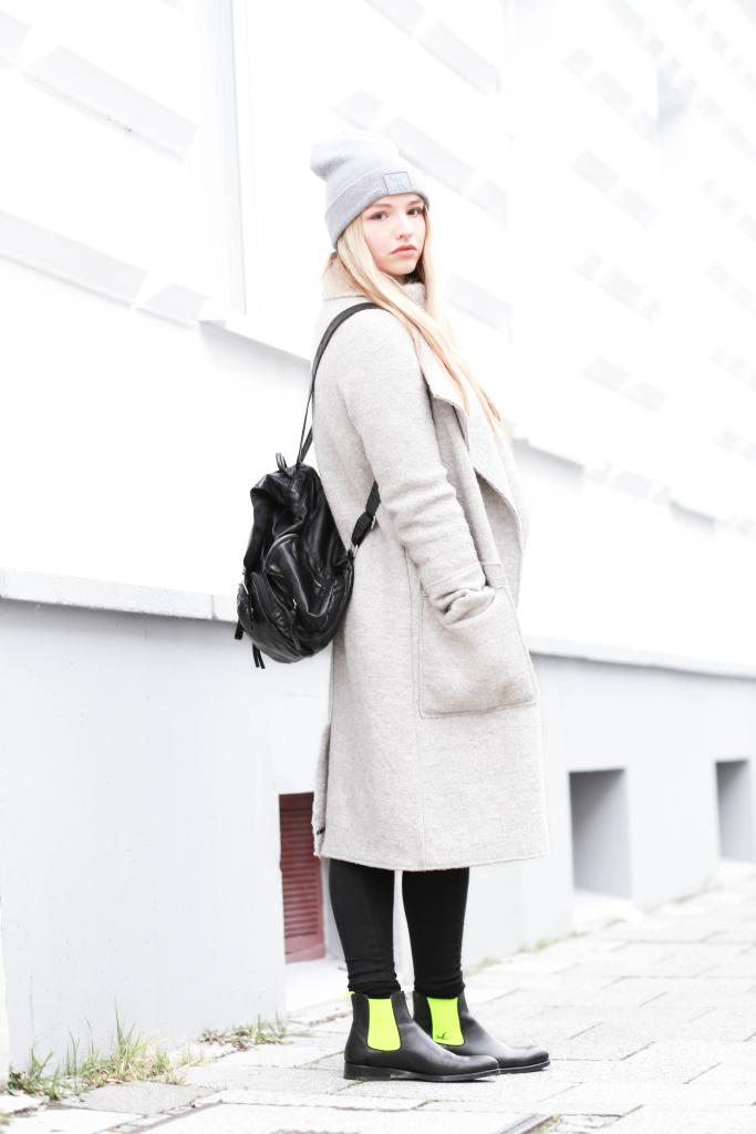 Fashionblog Modeblog München Serfan Chelsea Boots Zara Oversize Mantel Modeblogger Fashionblogger Franziska Elea Rucksack Primark Lederrucksack