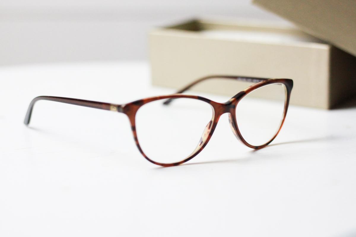 Großzügig Brillenrahmen Versace Bilder - Benutzerdefinierte ...
