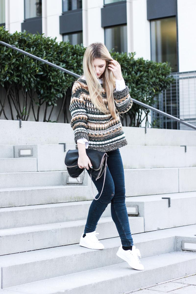Pullover Pull and Bear Modeblog Fashionblog München Franziska Elea Adidas Stan Smith weiß Blogger Fashion Berlin