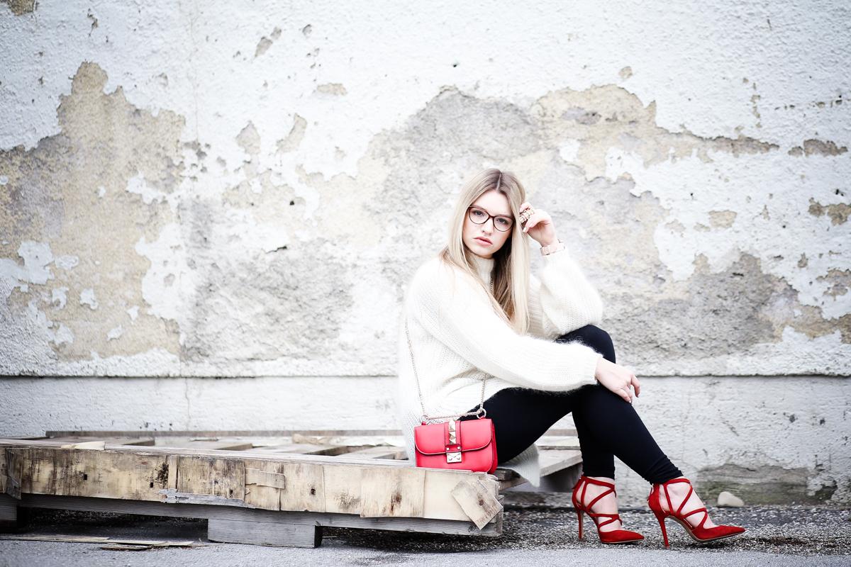 Franziska Elea Mode Blog München ootd Outfit Look Style Fashionblogger Modeblogger Berlin Edited Zara High Heels Valentino Rockstud Oversize Strickpulli Blogger Instagram Fashion