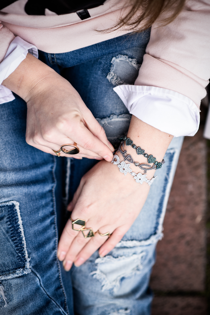 Franziska Elea Outfit Boyfriend Jeans Cruciani Armbänder Details Quantum Couture Bambi Mode Blogger München Chloé Lookalike Haare Fashionblog