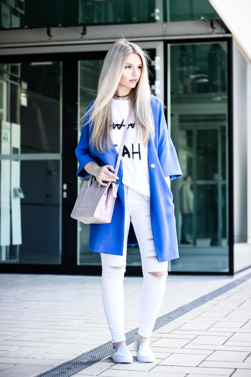 Franziska Elea Blogger Mode Lifestyle Beauty Fashionblog Outfit Kombination Umhängetasche Sommer Mantel weiße Hose