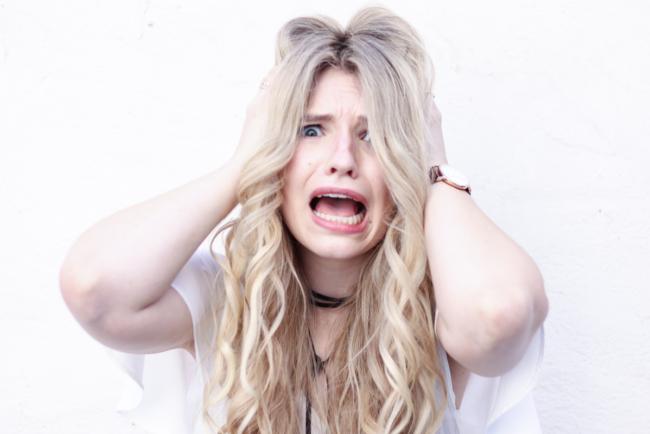 Franziska Elea Blogger Locken Extensions Glätteisen Choker Asos Halsband persönlich privat ausrasten Burnout Depression Borderline Erfahrung Kopf abschalten keine Ruhe