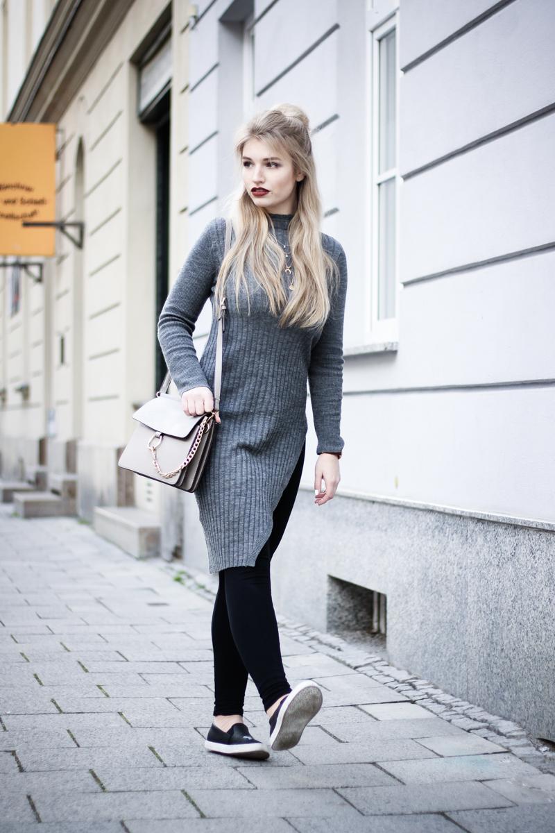 Franziska Elea Blogger Mode Lifestyle Beauty Fashionblog Outfit ootd Strickkleid Frühling Sommer Modeblog München Half Bun Frisur Streetstyle Deutschland