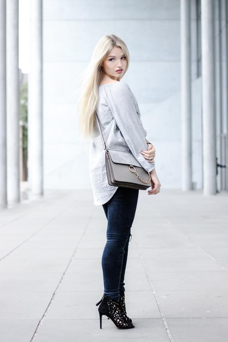Franziska Elea Blogger München Modeblogger Instagram Fashion Blog MBFW Fashion Week Vorbereitung Berlin Streifen Zara Look ootd Bluse Chloé