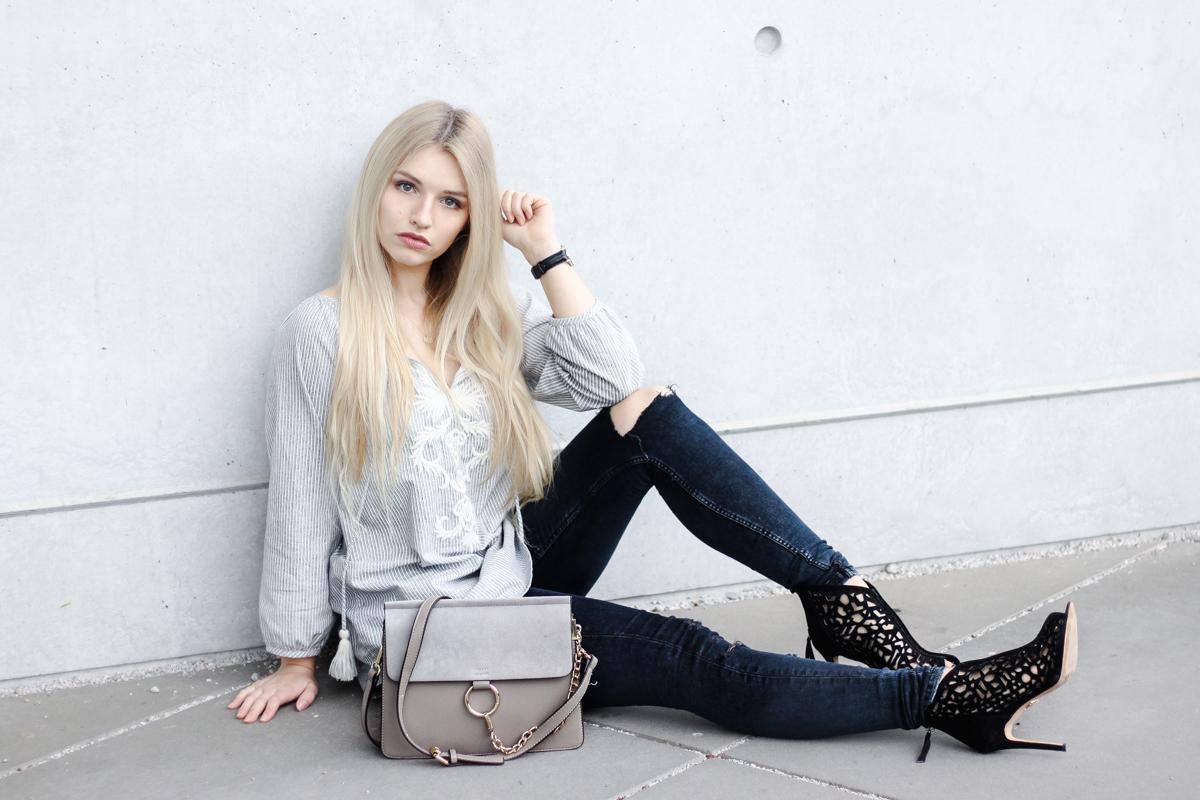 Franziska Elea deutsche Blogger München Modeblogger Instagram Jeans mit Löchern Rabattcode High Heels Fotografie Portrait Daniel Wellington Code _
