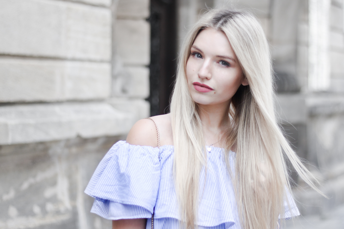 Franziska Elea deutsche Blogger München Modeblogger Instagram Off Shoulder Kleid Zara Furla Metropolis Fashionblog Blogger Patches Sommer Look