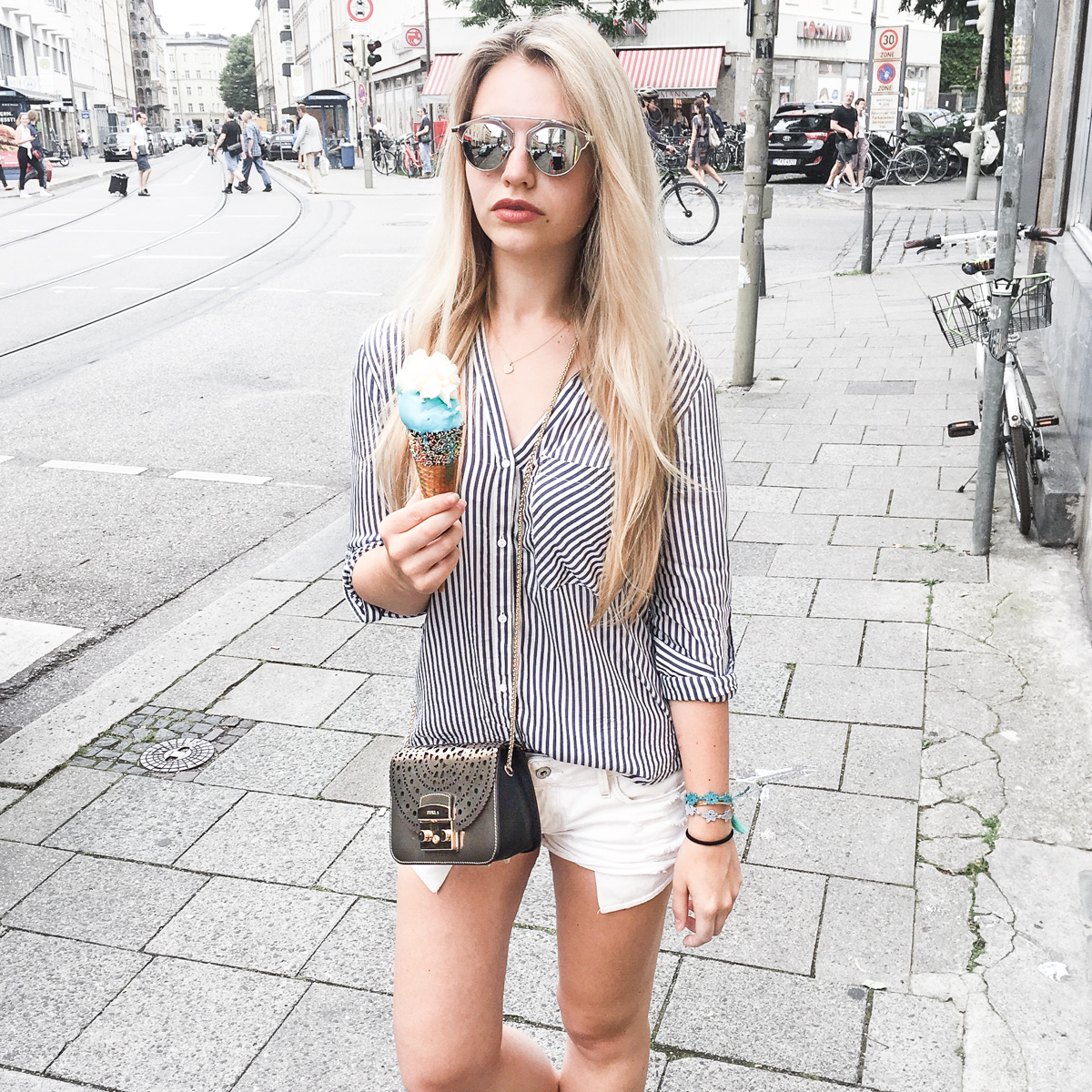 Franziska Elea deutsche Blogger Modeblog Fashion Blog München Werbung Seele Verkaufen Produktplatzierung authentisch Modeblogger Produkte Authentizität eis