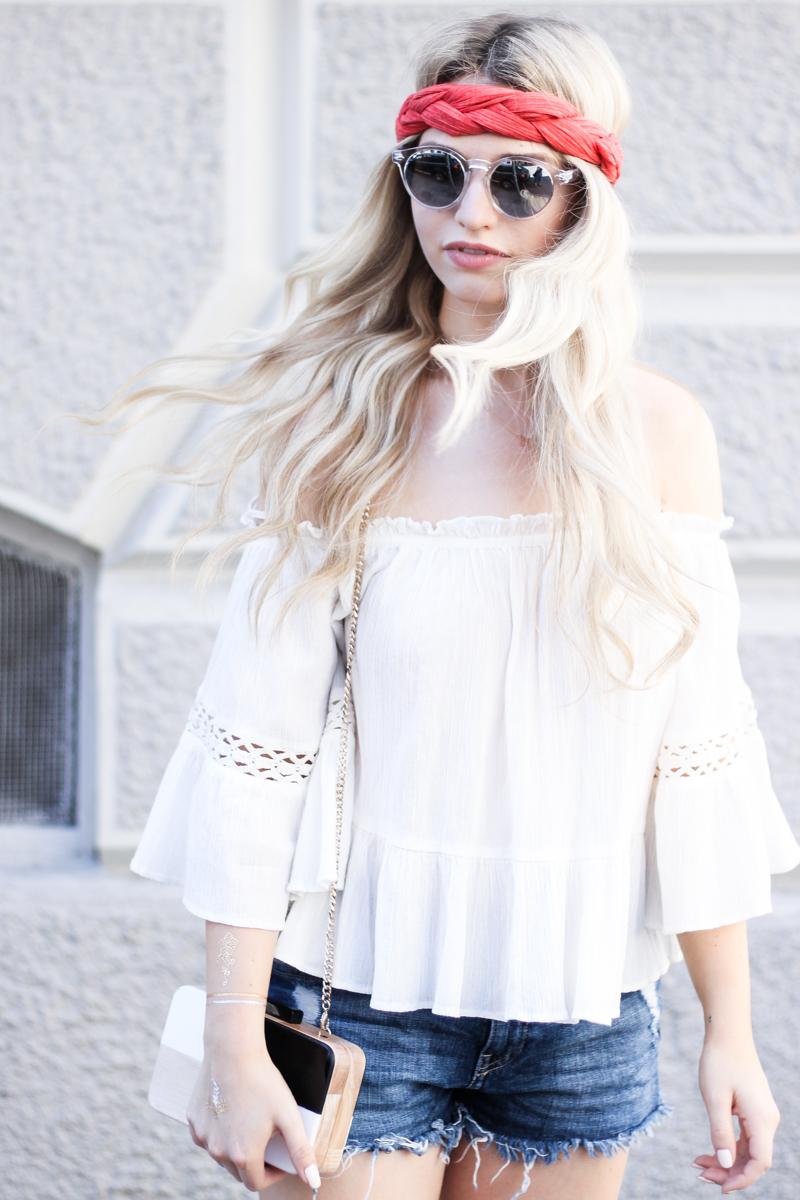 Franziska Elea deutsche Blogger Modeblog München Fashionblog Off Shoulder schulterfrei Bluse Sommer Look Style Outfit Sonnenbrille durchsichtig