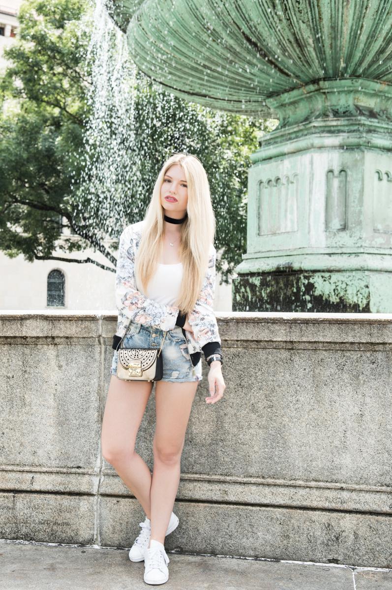 Franziska-Elea-deutsche-Blogger-Modeblog-Fashion-Blog-München-High rise Jeans, Furla Metropolis metallic_