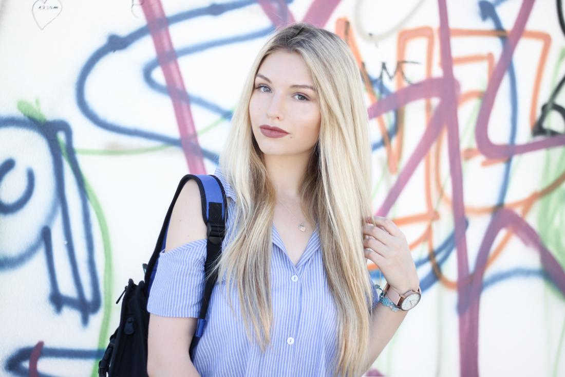 Franziska-Elea-deutsche-Blogger-Modeblog-Fashion-Blog-München-Kleid-Sommer-Bluse-Outfit-ootd-Sommerlook-Jump-from-Paper-Portrait-Fotografie-Grafitti