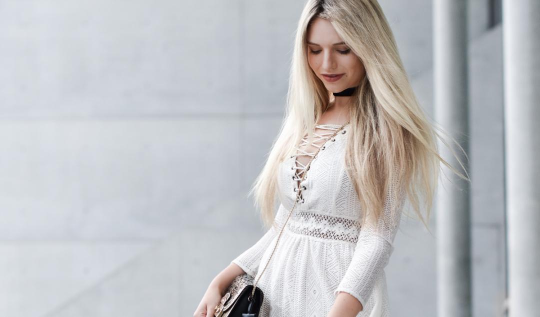 Franziska-Elea-deutsche-Blogger-Modeblog-Fashionblog-München-Kleid-Schnürung-Schnürkleid-Review-Sommerkleid-Sommer-Mode-Furla-Style-Look