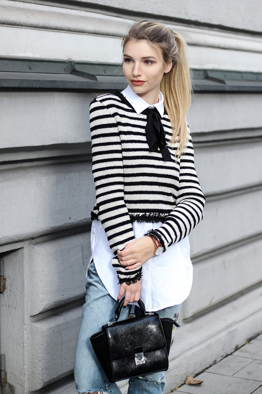 franziska-elea-blogger-aus-muenchen-bluse-hemd-unter-pulli-puma-creepers-fenty-creeper-amerikanisches-portrait-denim-kleine-handtasche-jeans-von-zara_