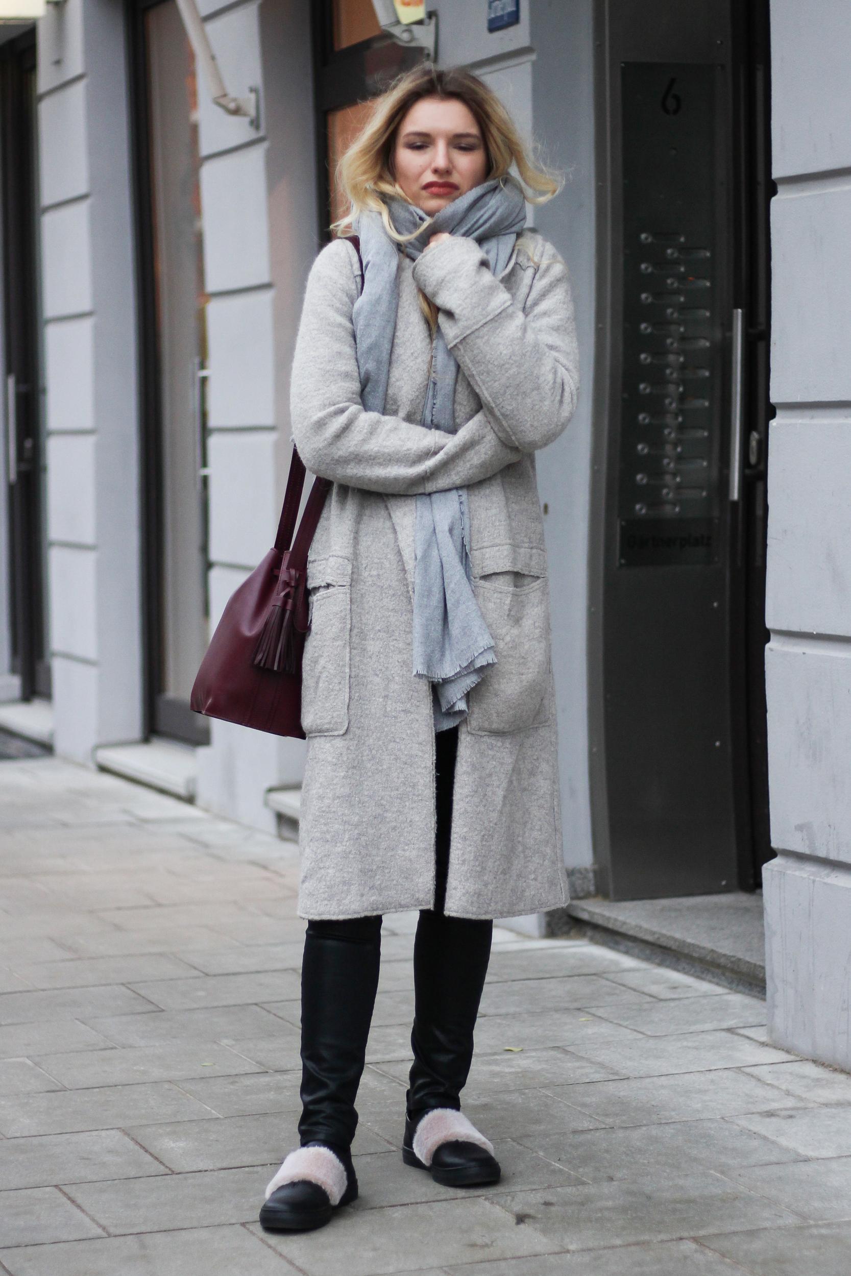 franziska-elea-blogger-aus-muenchen-fashionblog-mode-blog-streetstyle-mantel-von-zara-grau-bodenlanger-coat-outtakes-haessliche-fotos-peinliche-bilder