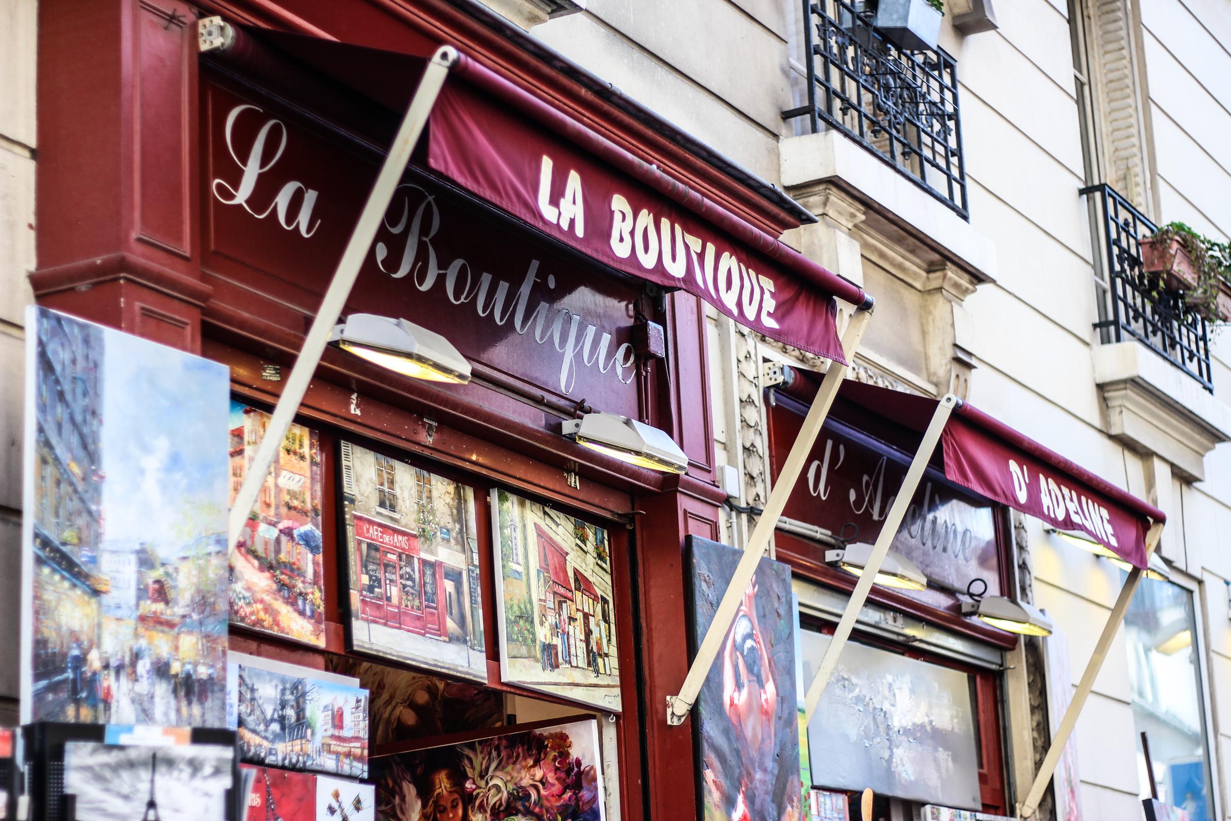 franziska-elea-blogger-aus-muenchen-fashionblog-travel-paris-montmatre-kuenstlerviertel-pariser-fassade-sehenswuerdigkeiten-laden-kunstladen-kunst_