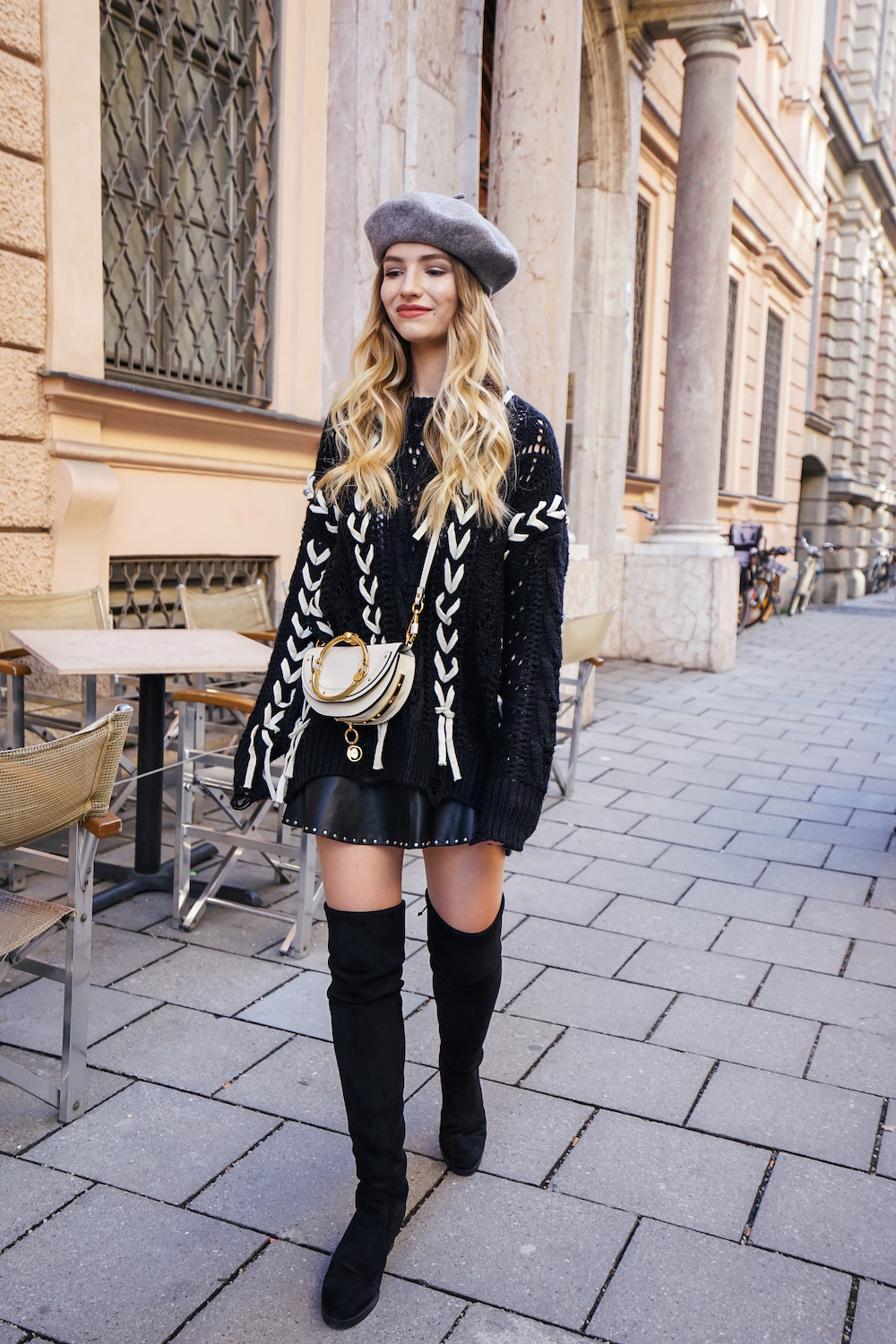 franziska elea overknees kombinieren outfit mit overknee boots overknees und rock oversize. Black Bedroom Furniture Sets. Home Design Ideas